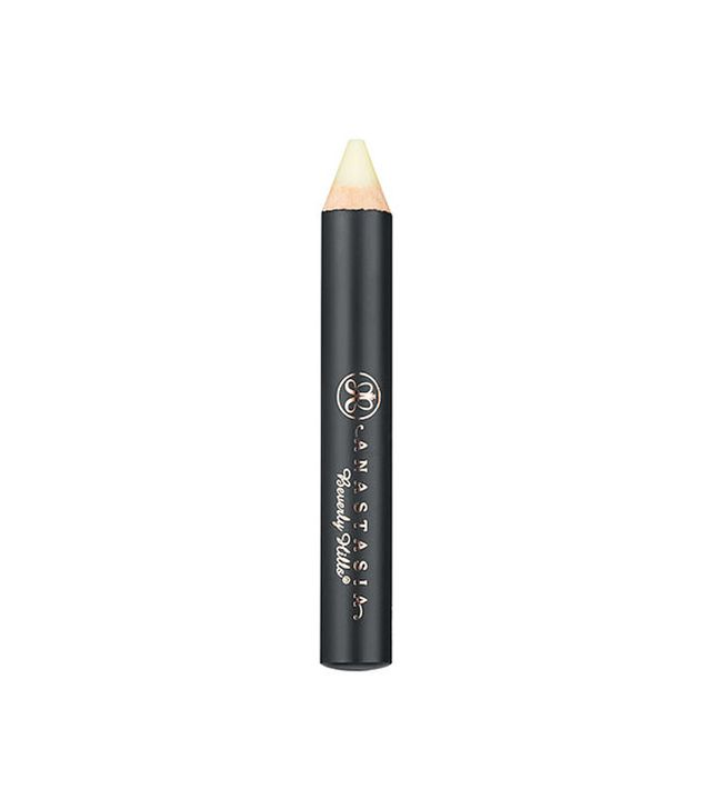 brow-primer-for-lips