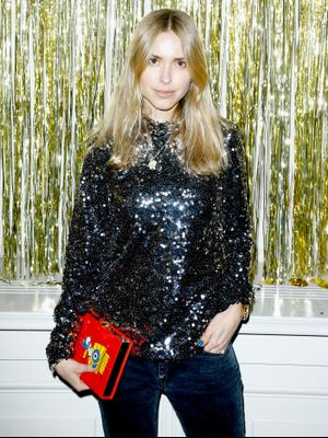One of Our Favorite Fashion Girls Just Made Holiday Shopping Less Stressful