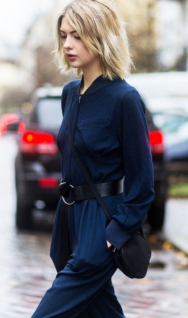 Street style navy on black