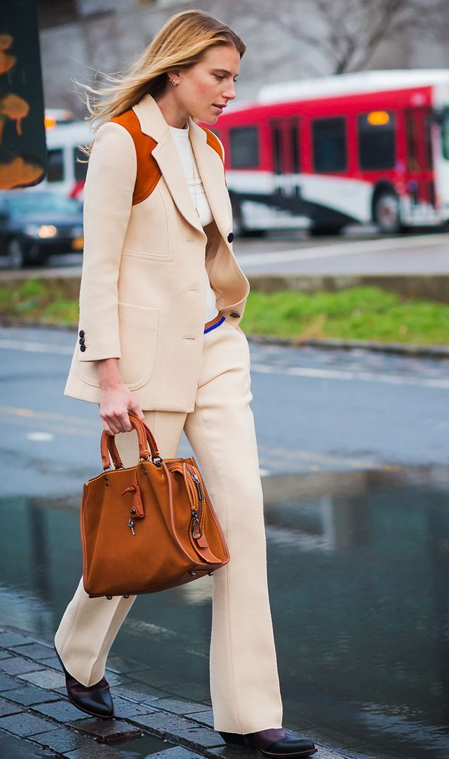 Dree Hemingway street style in cream suit