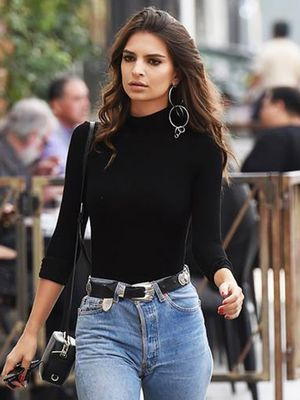 Emily Ratajkowski Wears These Ankle Boots With Everything