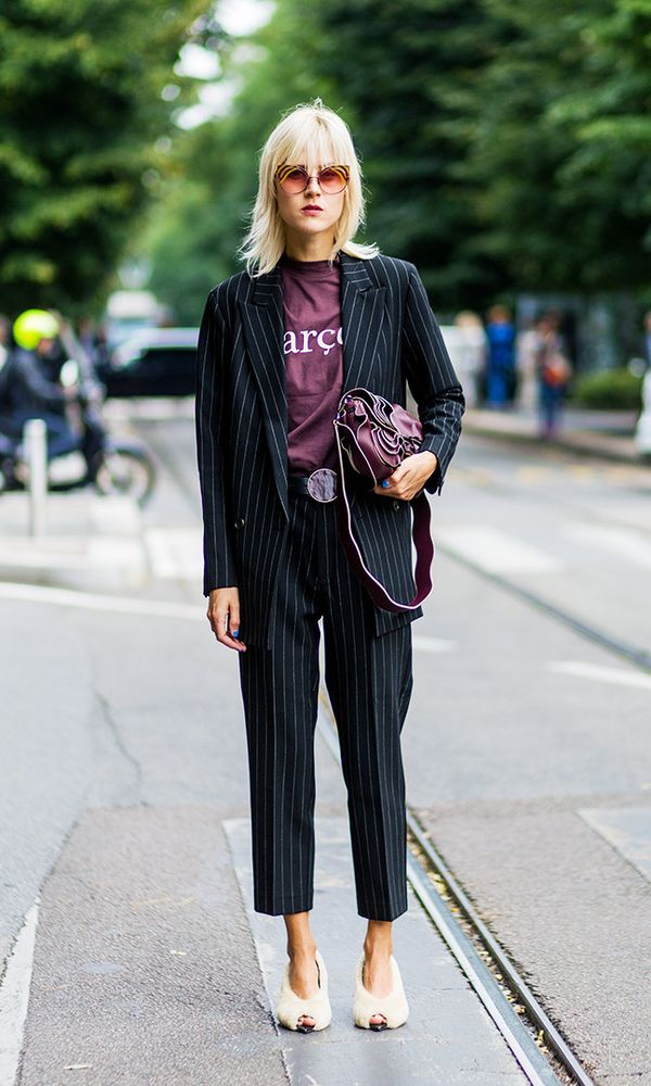 Style Notes: You've been wearing a graphic tee with your cropped jeans over the summer and winter. But to give a refresh, pull out your office suit and wear one underneath it. It'll be smart...