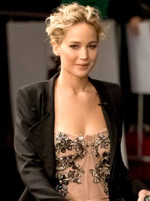 Jennifer Lawrence Just Showed Us How to Wear a Pantsuit to a Party