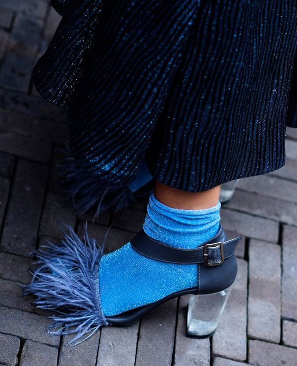 how-to-wear-socks-and-sandals