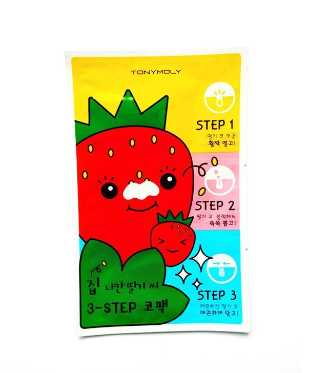tony-moly-strawberry-nose-pack