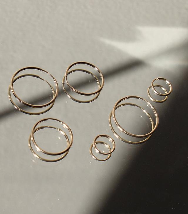 Un Deux Trois Gold Hoop Earrings Set