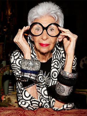 Watch Iris Apfel Make Her Signature Cocktail and Then Try It Yourself