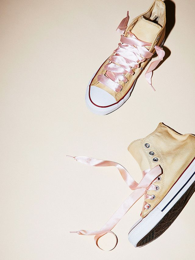 Converse Dance Moves Hi Top Chucks in Ivory With Pink Laces