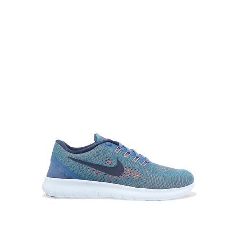 Free Flyknit sneakers