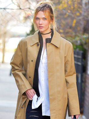 This Is How to Style a Trench Coat in Winter