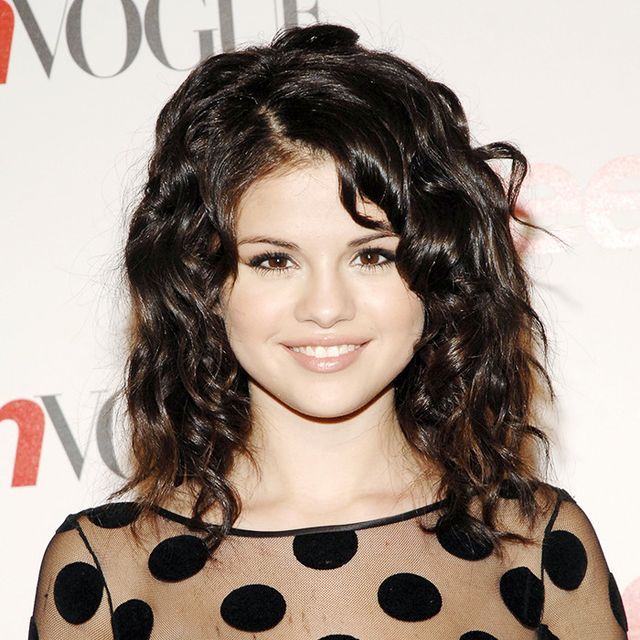 selena-gomez-first-red-carpet