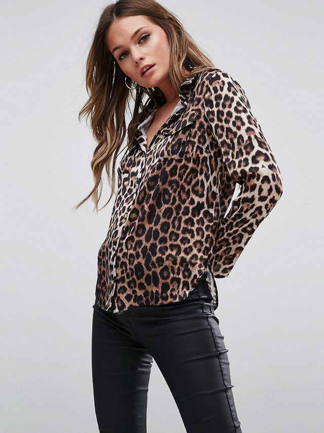 Michelle Keegan Loves Lipsy Shirt In Leopard Print