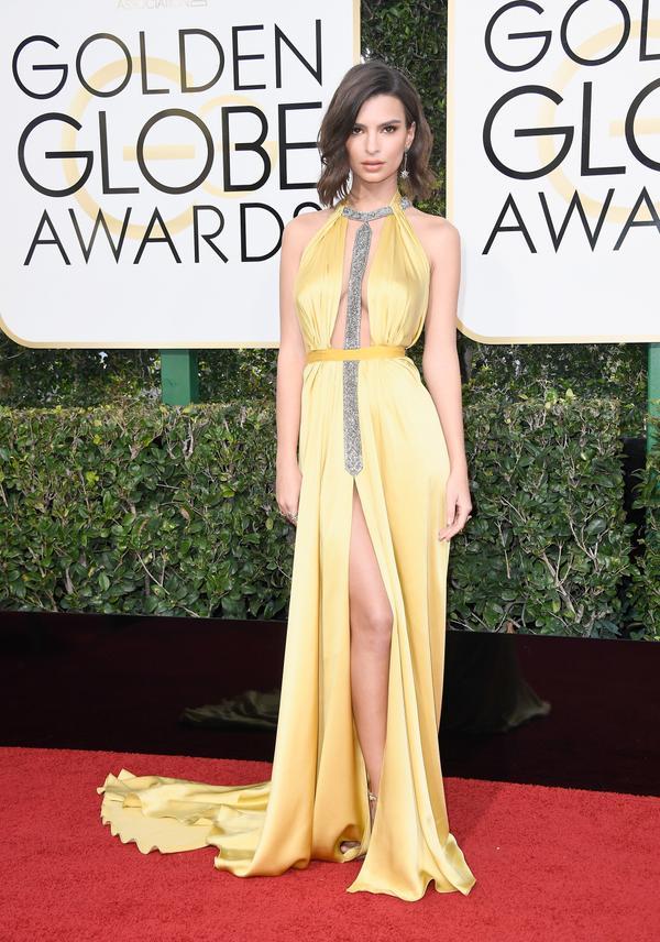 WHO:Emily Ratajkowski WHAT: Actress and model WEAR: Reem Acra dress
