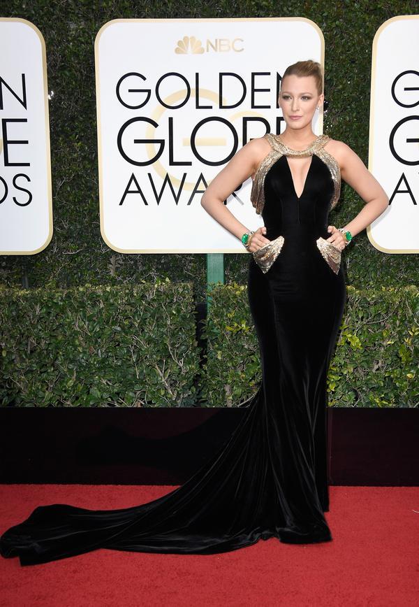 WHO: Blake LivelyWHAT: ActressWEAR: Versace dress