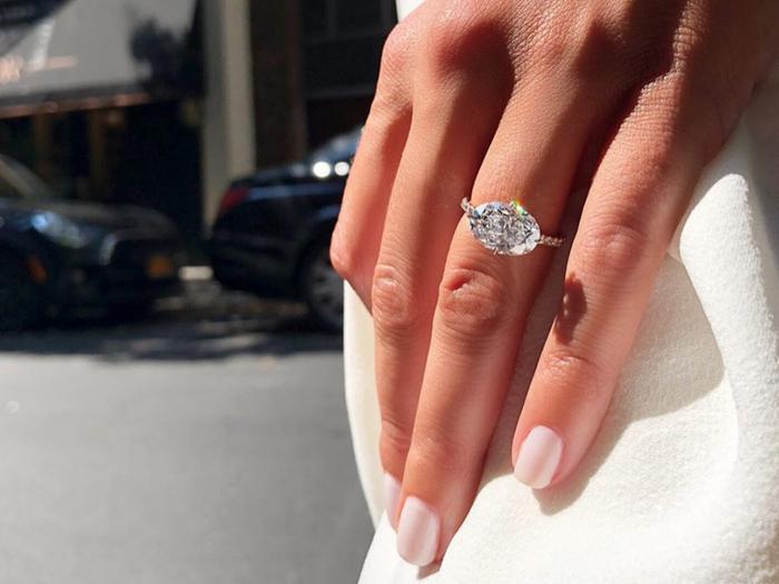 Where Fashion Girls Get Vintage Engagement Rings