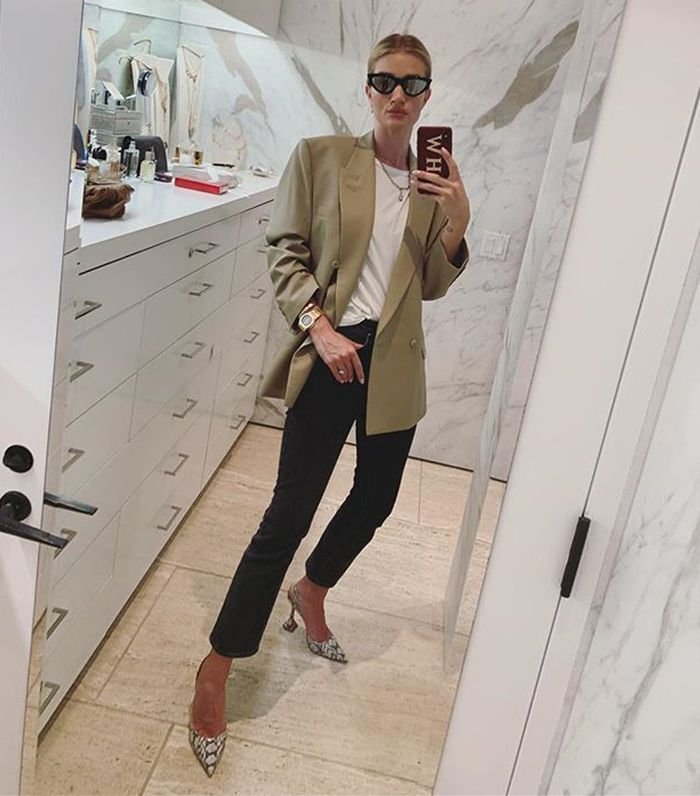 Rosie Huntington Whiteley style: Blazer and trousers