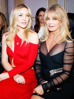 Goldie Hawn and Kate Hudson Look Identical in These Pics Shot 15 Years Apart