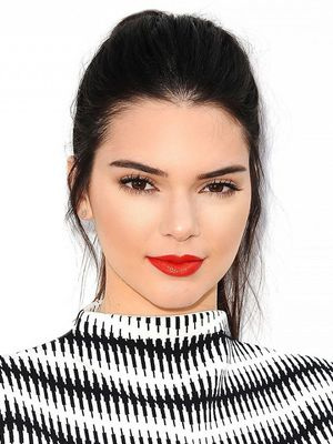 The Psychological Reason Kendall Jenner Painted her Living Room Bright Pink