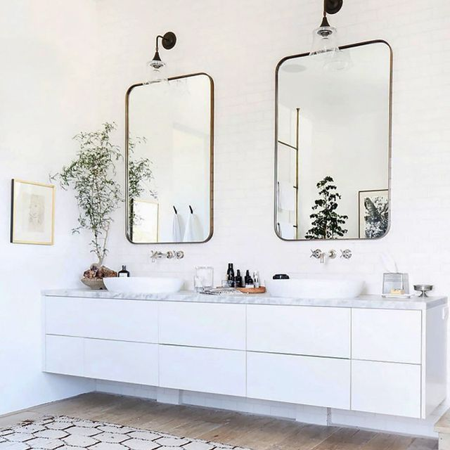 These are 2018 39 s hottest tile trends mydomaine for Modern bathroom tile trends