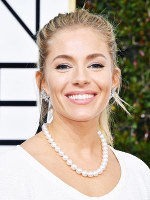 The £4 Styling Trick Having a Moment at the Golden Globes