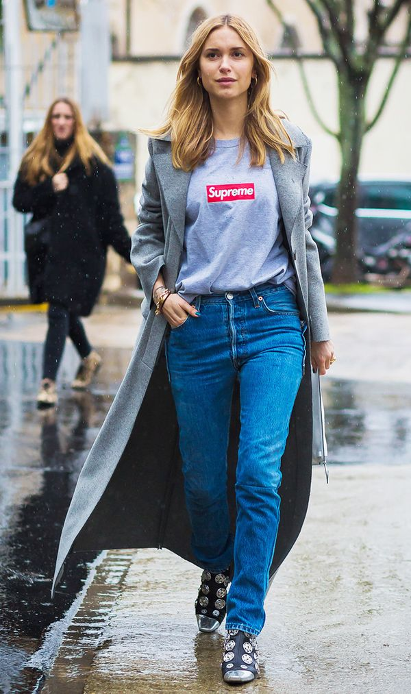 That logo is just the pop of colour this look needed.