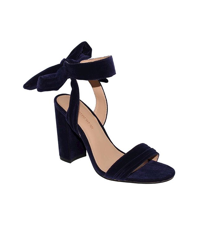 Who What Wear Women's Michaela Velvet Ankle-Tie Heels