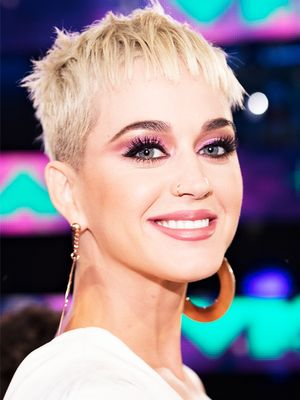 Katy Perry Is the Most Recent Celeb to Dye Her Hair This Trending Color