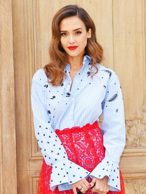 Jessica Alba Just Wore the 2017 Version of Cutouts