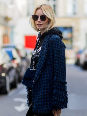 5 Ways Fashion Girls Are Wearing Hoodies Right Now