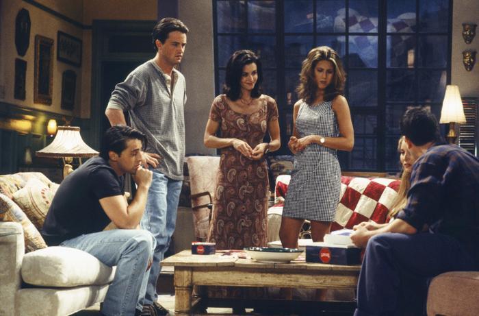 Joey, Chandler, Monica, Rachel, Phoebe, Friends, Season 1