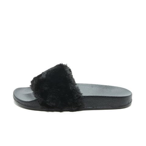 Faux-Fur Slides