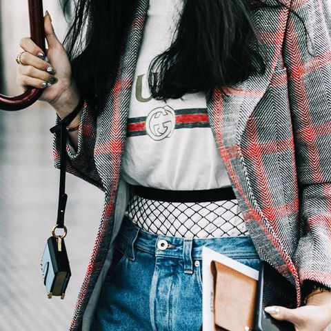 street style trends 2017: fishnets