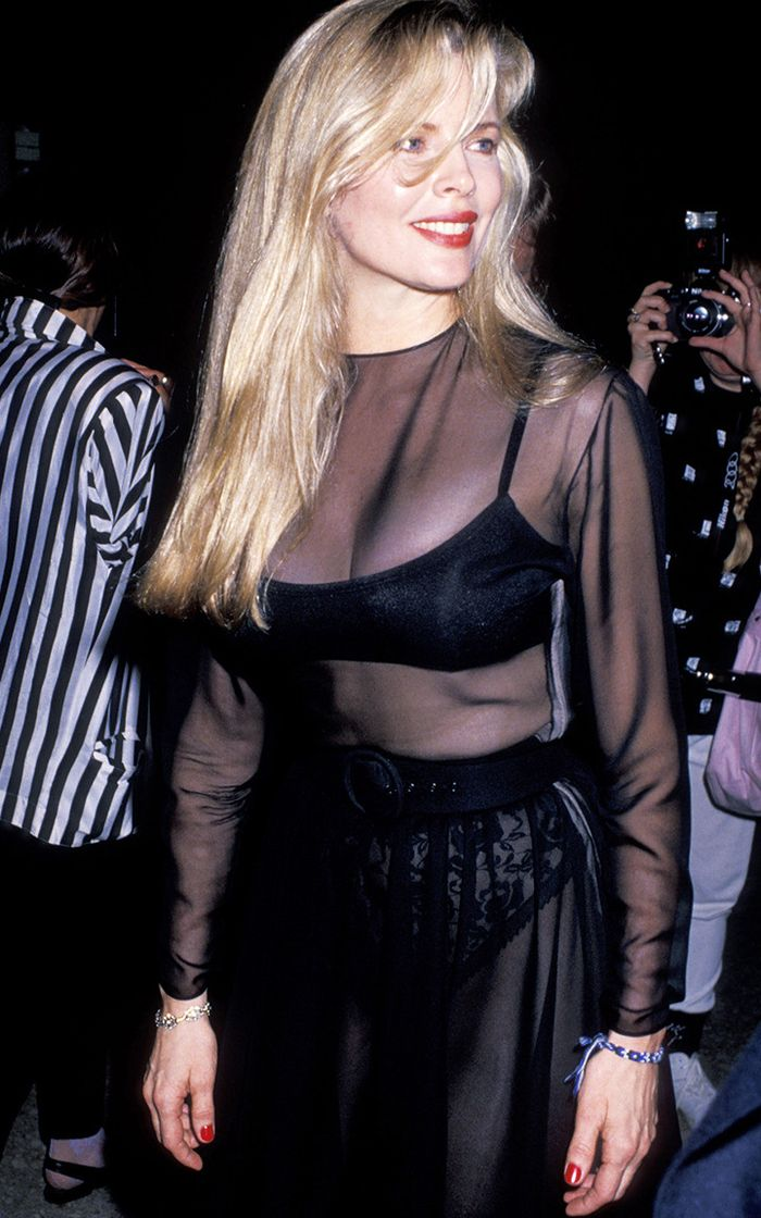 80s fashion: Kim Basinger in a sheer dress was classic eighties fashion