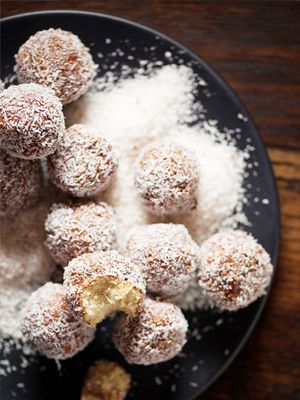 This Recipe for Guilt-Free Lamingtons Will Make Your Long Weekend