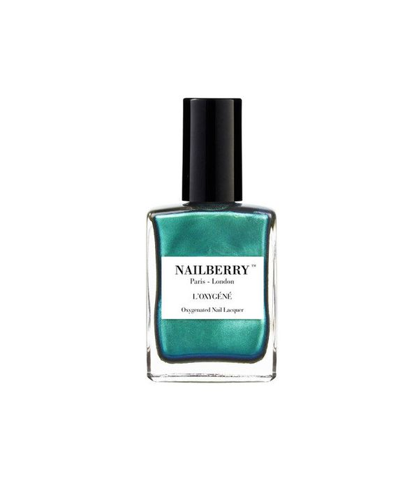 Best nail polish: Nailberry Glamazon