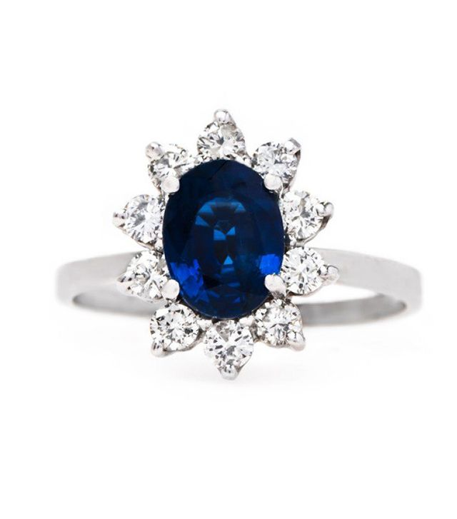 vintage-sapphire-engagement-ring