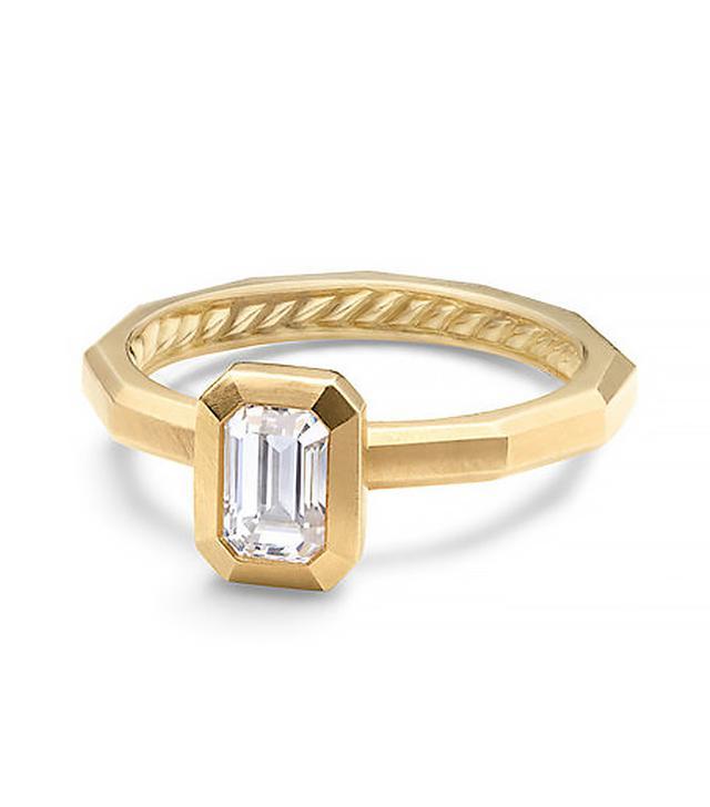 David Yurman  DY Delaunay Petite Engagement Ring in 18K Gold