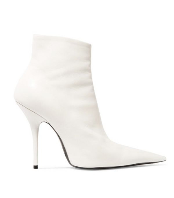 spring street style outfit ideas: white boots