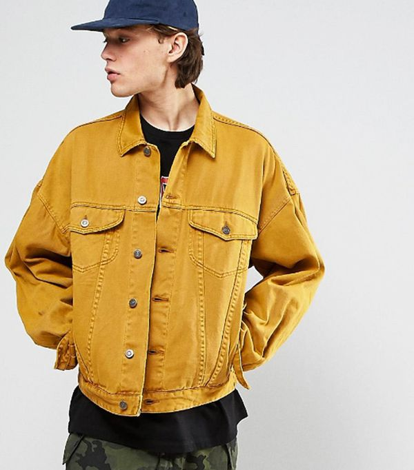 spring street style outfit ideas: yellow denim jacket