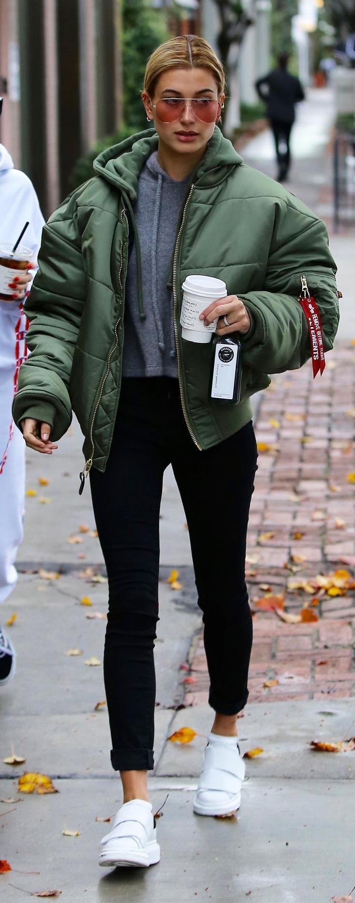 Hailey Baldwin puffer jacket skinny jeans 2017