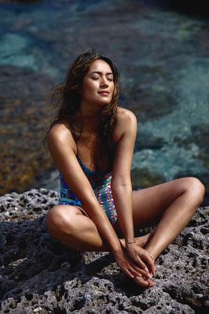 3 Positivity Mantras for a Calmer, More Confident You