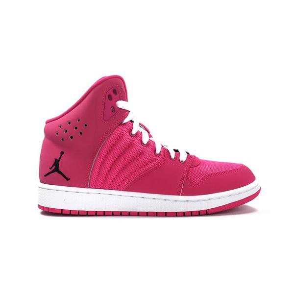 Jess Gavigan Juice Gee Small Feet Big Kicks: Nike Air Jordan 1 Flight 4 GG