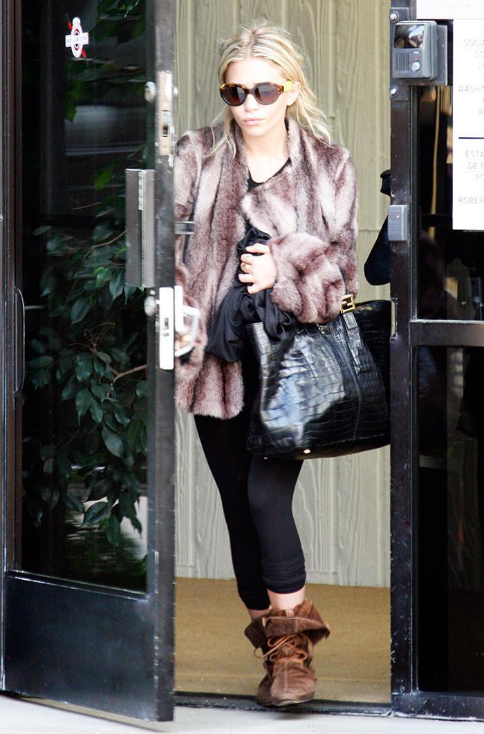 Ashley Olsen leggings