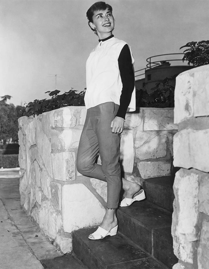Audrey Hepburn wearing leggings