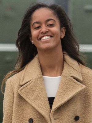 What Malia Obama Wore to the First Day of Her Internship