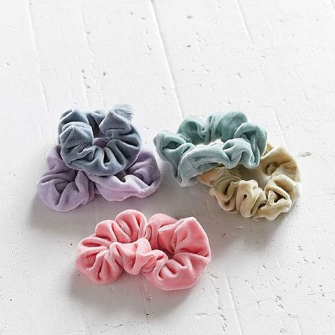 20 Cool Valentineu0027s Day Gifts For Your Besties. Circle Earrings. Velvet  Hair Scrunchie Set