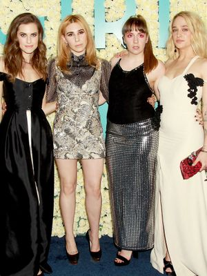 For Their Final Premiere, the Girls Cast Chose Very Daring Looks