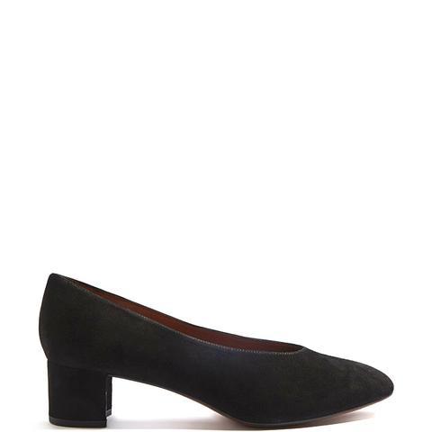 Jury Mid Heel V-Cut Shoes