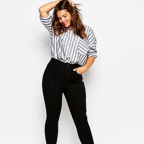 High-Waisted Sculpt Me Jeans in Black