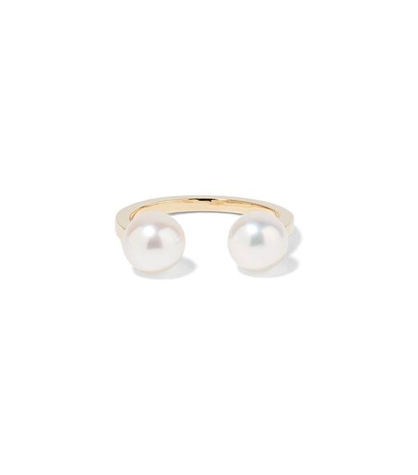 Sophie Bille Brahe Emma Deux 14-Karat Gold Pearl Ear Cuff